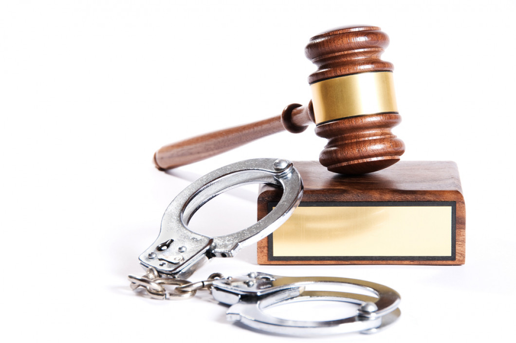 criminal law evaluation Write a 1,400- to 1,750-word paper identifying and evaluating the constitutional safeguards provided by the 4th, 5th, and 6th amendments to the united states.